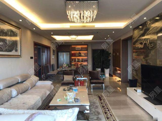 顺城公寓住宅楼 欧式豪华装修 带阳台 一个车位 高层